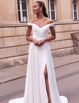 Brautkleider & Brautmode von Adore