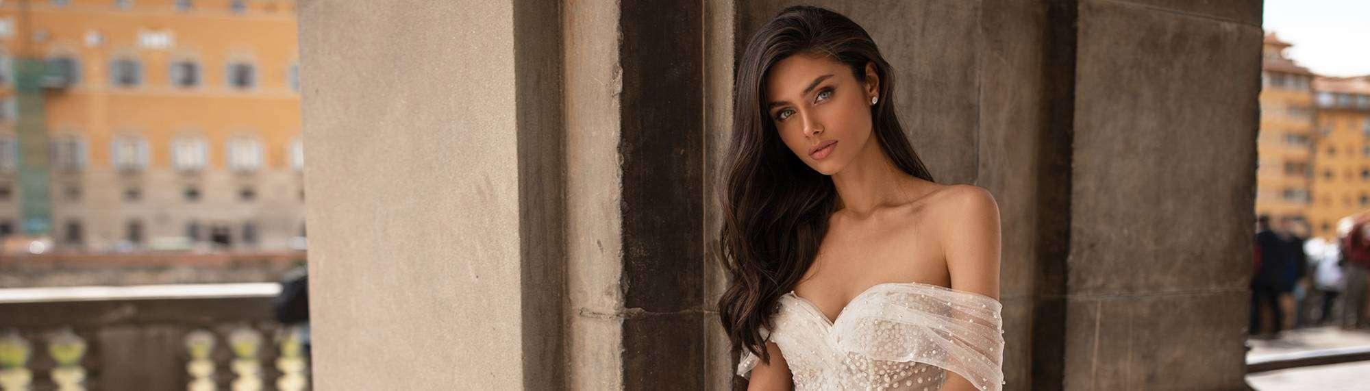 Dein Brautkleid der Kollektion 2020 von White and Night