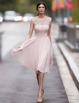 Abendkleider & Abendmode von Carla Ruiz