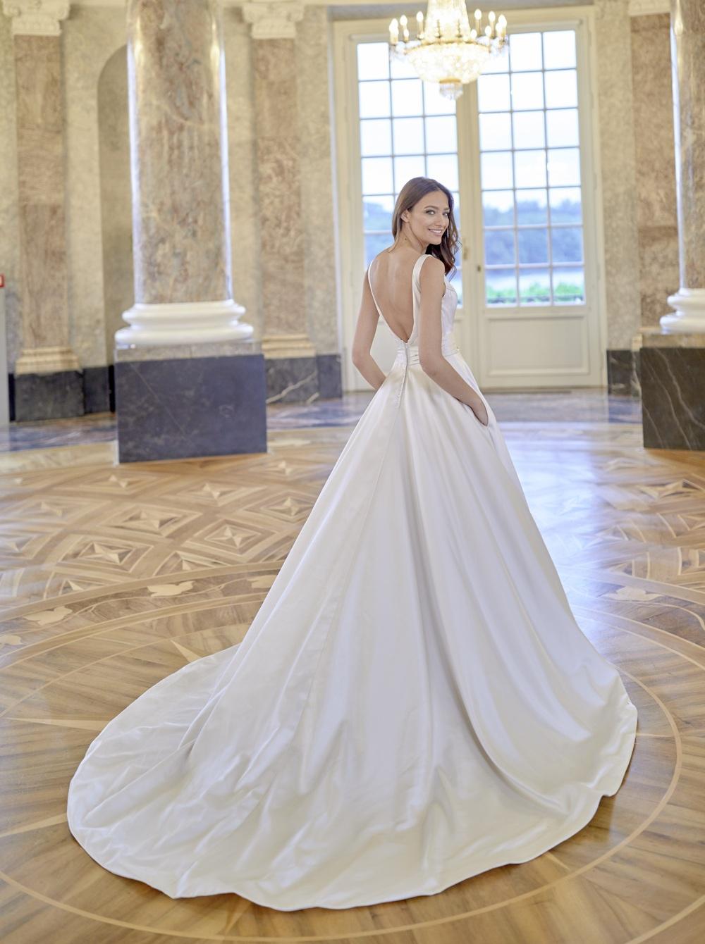 Diane Legrand in Brautkleider
