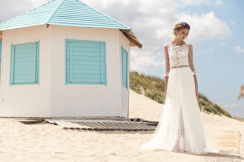 Beachwedding loves Rembo Styling in Brautmode & Brautkleider