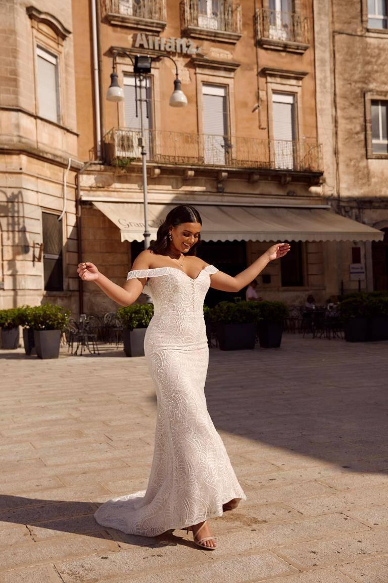Martina Franca Curvy in Brautkleider