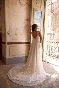 Brautkleider von Martina Franca Curvy