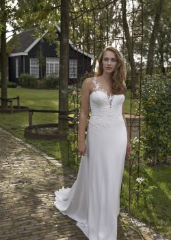 Modeca Curves – neu bei White and Night in Brautmode & Brautkleider