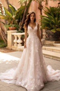 New Designer: Moonlight Bridal in Brautmode & Brautkleider