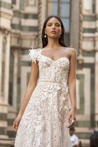 Muse by Berta in Brautkleider