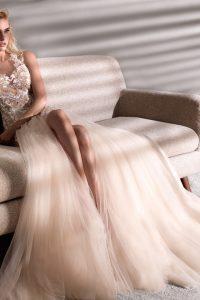 Nicole Spose in Brautkleider